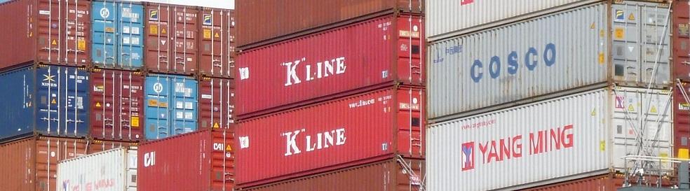 Gestapelte Container im Stock - Containerdienst Contibridge Hamburg